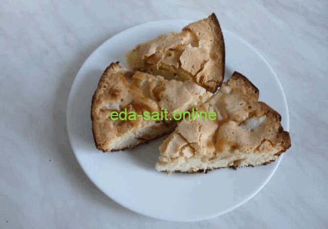 Шарлотка пирог с яблоками фото