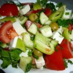 Греческий салат с брынзой — рецепт