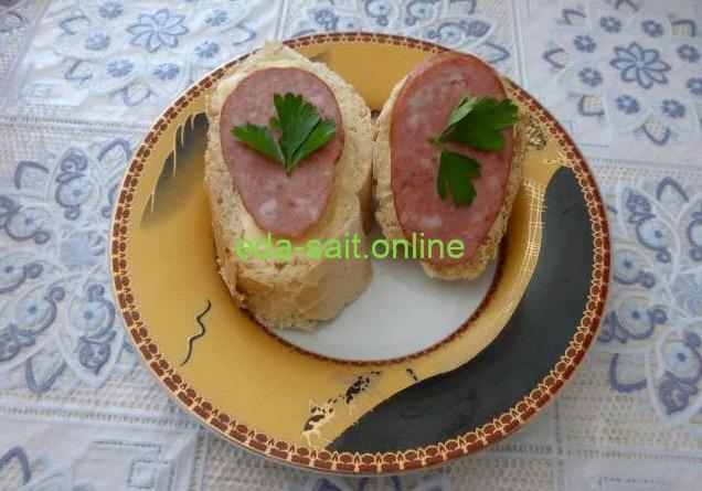 Бутерброды с краковской колбасой фото