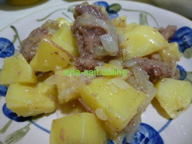 Картошка с тушенкой фото