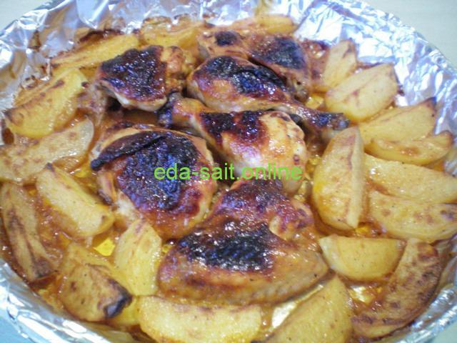 Курятина в духовке запечённая с картофелем