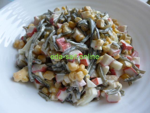 Салат с морской капустой и кукурузой фото