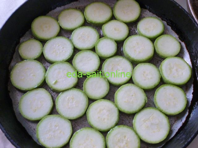 Запечь кабачки в духовке