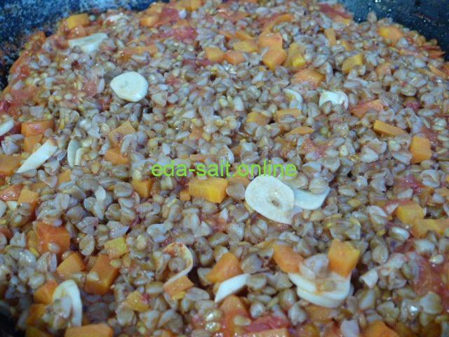 Гречка с морковью и чесноком пошаговый рецепт с фото