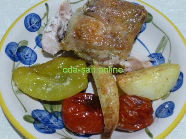 Курица, картошка и овощи